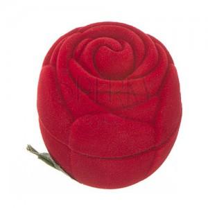 Sametová krabička na prsten - červená růže s lístky
