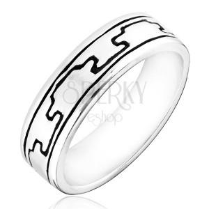 Prsten ze stříbra 925 - vzor gravírovaných černých výběžků