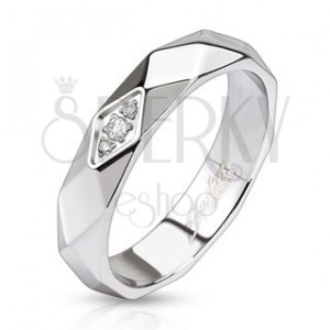 Lesklý ocelový prsten - pás z kosočtverců, zirkony