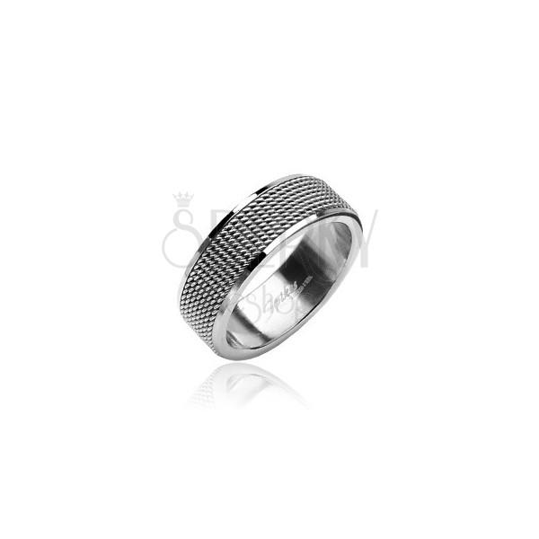 Prsten z chirurgické oceli síťovaný s lesklými okraji