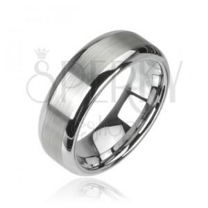 Wolframový prsten, broušený středový pruh, lesklé okraje, 8 mm