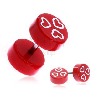 Akrylový fake plug s bílými srdci na červeném podkladu