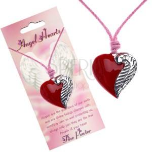 Šňůrkový náhrdelník s červeným přívěskem srdce a křídlem