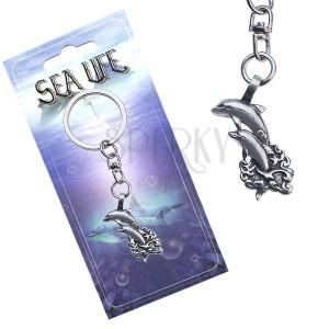 Lesklý přívěsek na klíče, dva delfíni vyskakující z vln