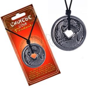 Šňůrkový náhrdelník, mince s čínským drakem a pelikánem