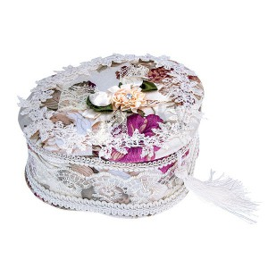 Šperkovnice trojlístek - bílá s květy, krajkou a střapcem