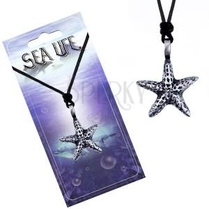 Šňůrka a kovový přívěsek - flekatá mořská hvězdice