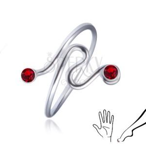 Stříbrný prstýnek 925 - točená linie, červené zirkony na koncích