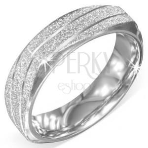 Čtverhranný prsten z oceli - stříbrný, pískovaný, šikmé zářezy