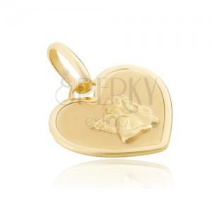 Přívěsek ze 14K zlata - srdcová známka s lesklým andílkem