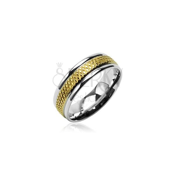 Snubní prsten z chirurgické oceli se středovým zlatým kosočtvercovým pruhem