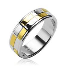 Ocelový snubní prsten se zlatými a stříbrnými lesklými obdélníky