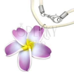 FIMO náhrdelník - fialovo-bílý květ plumérie, béžová kožená šňůrka