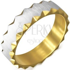 Ocelový prsten zlaté barvy se saténovým pásem, trojúhelníkové výřezy
