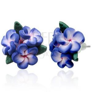 Náušnice z FIMO hmoty - tři fialové květinky