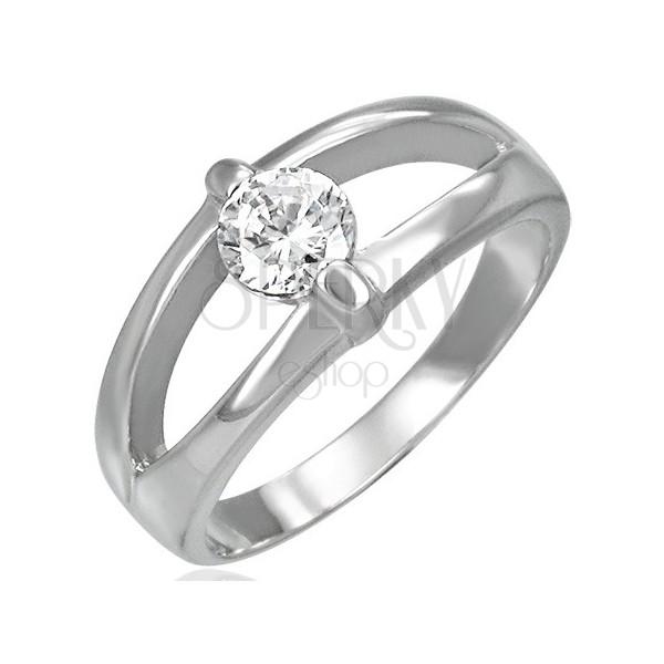 Prsten z chirurgické oceli s rozděleným středem s čirým zirkonem
