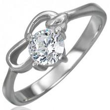 Zásnubní prsten z chirurgické oceli se zirkonem čiré barvy a dvěma smyčkami