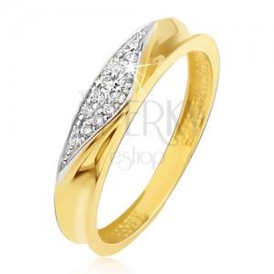 Prsten ve žlutém 14K zlatě - obroučka s vyhloubeným středem, zirkonový trojúhelník