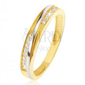 Prsten ve žlutém 14K zlatě - ozdobné trojúhelníkové zářezy, zirkony