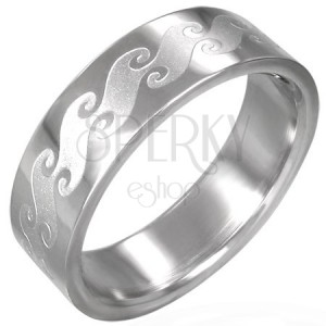 Prsten z chirurgické oceli s matnými vlnami