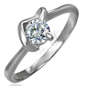 Snubní prsten s véčkovým úchytem