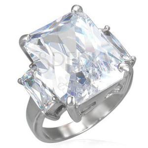 Ocelový prsten s masivním čirým zirkonem a dvěma menšími po stranách