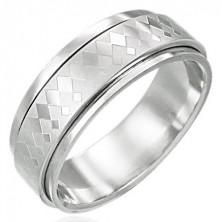 Prsten z chirurgické oceli s otáčivým středem s malými a velkými kosočtverci