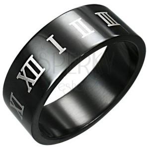 Prsten z černé chirurgické oceli se stříbrnými římskými číslicemi