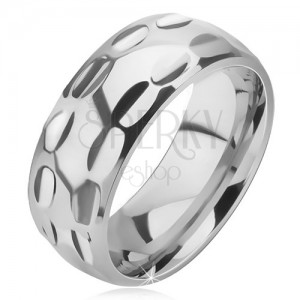 Prsten z chirurgické oceli - lesklý, podlouhlé jamky ve dvou řadách