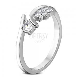 Prsten z chirurgické oceli s kvítkem a zirkonem čiré barvy