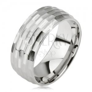 Matný prsten z chirurgické oceli - stříbrný, vyhloubený vzor malých oválů