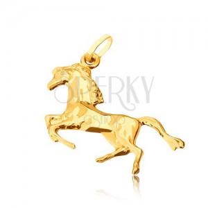 Zlatý přívěsek 585 - lesklý kůň postavený na zadních nohou