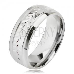 Lesklý ocelový prsten, rýhy, vzor z rozdvojených lístků