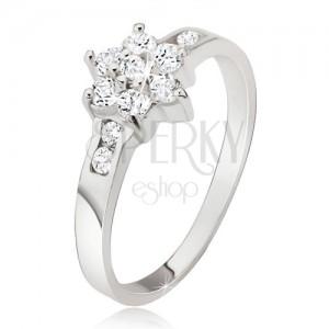 Prsten ze stříbra 925, čirý zirkonový květ