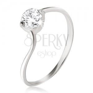 Stříbrný prsten 925 - čirý zirkon v kotlíku, jemně zvlněná ramena