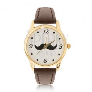 Analogové hodinky ve zlatém provedení, černý knírek, hnědý řemínek