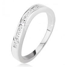 Strieborný prsteň - mierne zvlnený, drobné štvorcové zirkóniky