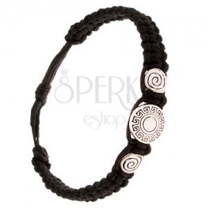 Černý pletený náramek, tři známky, řecký klíč, spirála