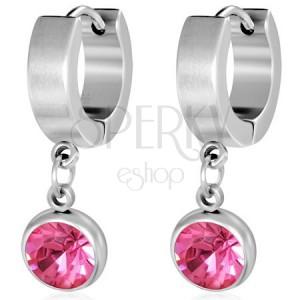 Kruhové ocelové náušnice, broušený růžový kamínek v objímce
