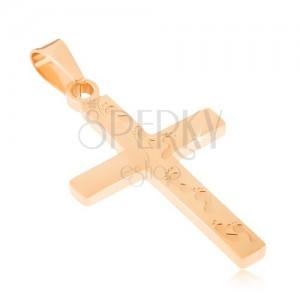 Ocelový přívěsek zlaté barvy, kříž s gravírovanými otisky nohou