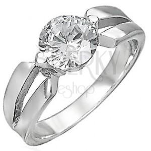 Zásnubní prsten s mezerou v úchytu zirkonu