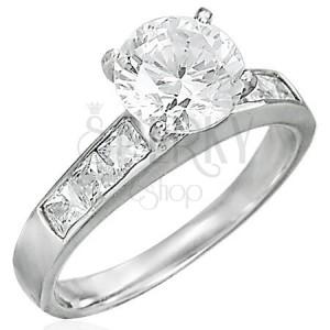 Zásnubní prsten vystupující zirkon