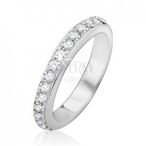 Stříbrný prsten 925 se zasazenými čirými kamínky