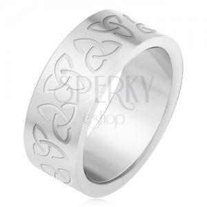 Ocelový prsten s gravírovanými keltskými symboly, Triquetra