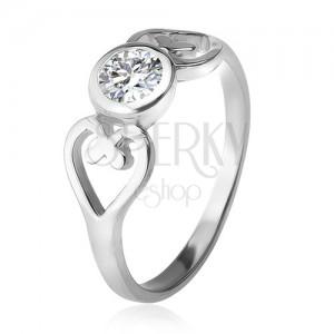 Stříbrný prsten, obrysy srdcí, čirý okrouhlý zirkon v objímce, stříbro 925