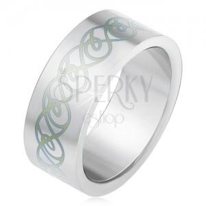 Ocelový prsten, matný rovný povrch, ornament ze zakroucených linií
