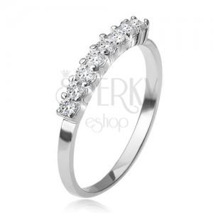 Prsten ze stříbra 925, pás kotlíků s čirými kamínky