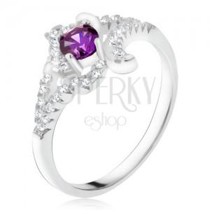 Stříbrný prsten 925, fialový kamínek, zakroucená zirkonová ramena