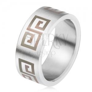 Matná ocelová obroučka, rovný povrch, šedý řecký klíč