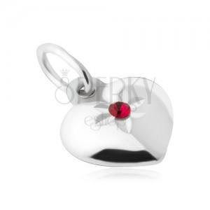Přívěsek - souměrná vypouklá srdce, červený kamínek, stříbro 925